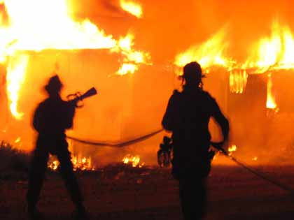 fire in 451 Free consultation - former la prosecutor and los angeles criminal defense attorney michael kraut provides expert advice on california penal code section 451 pc and 452 pc: arson.