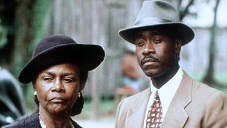 Grant y su tía, en la película sobre el libro de HBO