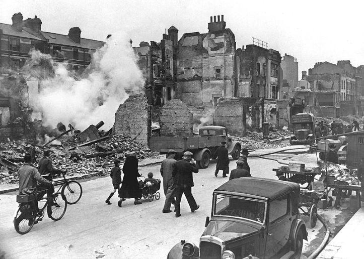 Londes bombardeada en la segunda guerra mundial.