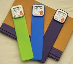 Mis hijos tenían de estos. Poníamos 20 minutos y una vez pasado ese tiempo, sonaba la alarma y sabían que ya habían leído su cuota del día.