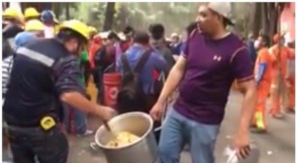 terremoto-en-mexico-humilde-vendedor-de-tamales-re-775190-jpg_604x330